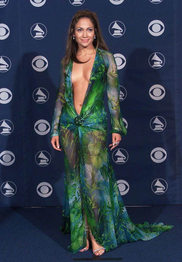 15 years ago tonight, JLO wore the green Versace dress. Never forget....I'm sure Diddy hasn't... #grammys