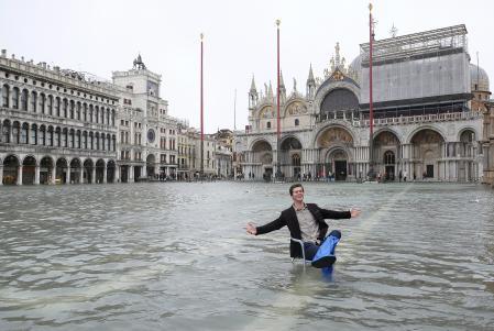 水没 ヴェネツィア ヴェネチアが水没?街が水浸しになるアクアアルタって?予報や対策も。