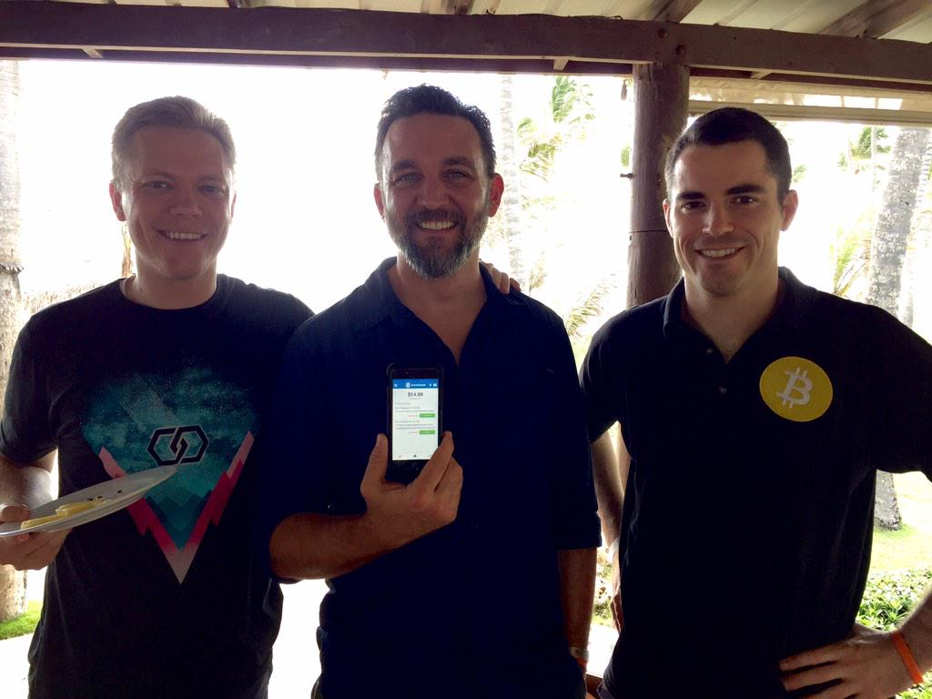 Currency for the Internet Age MT @niccary: Setting @joshrushing w/@blockchain wallet. @rogerkver @TraceMayer http://t.co/Q6MkSWQ3Iy #bitcoin