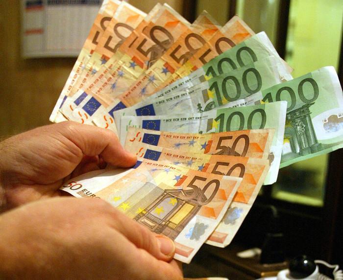 Conti in Svizzera, scoperta maxi evasione da 180 miliardi di euro. Nella lista anche italiani