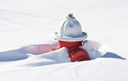 If you're able, please shovel out the nearest fire hydrant to your home or business. In a fire seconds count. #MAsnow http://t.co/SrRaThRIoH
