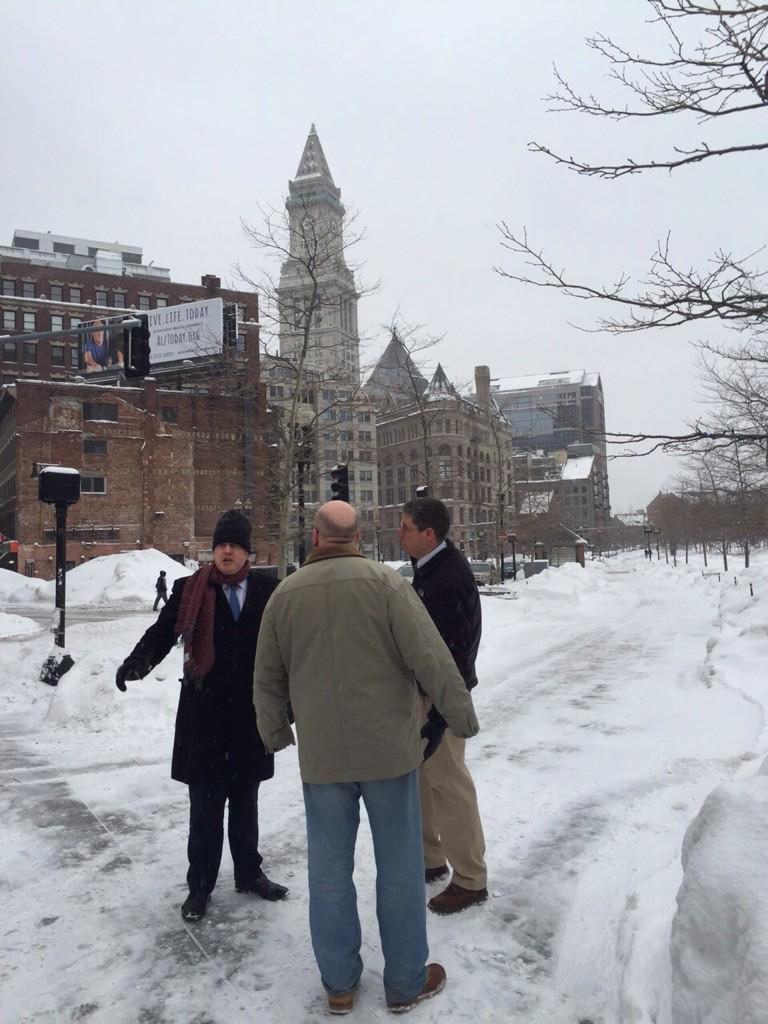 Visited Boston's big dig project - tunnels for traffic = land for parks & housing - have 5 London locations in mind http://t.co/Jp3Pygyur1