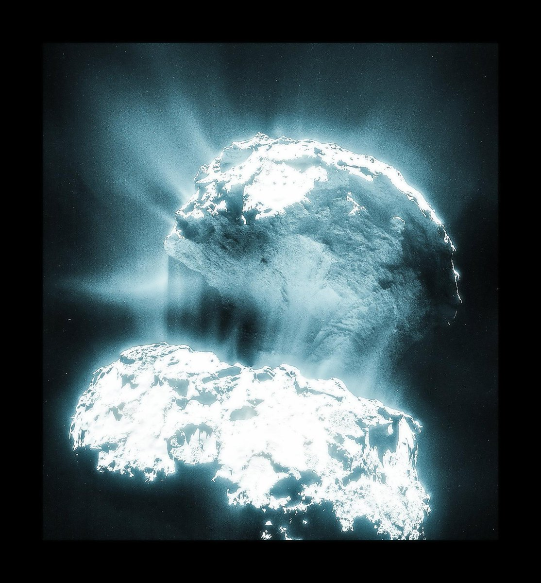 Woah! RT @mars_stu: Comet 67P bursting into life as it nears the Sun... THANK YOU @ESA_Rosetta navcam team! http://t.co/ZIOO8RwJc5