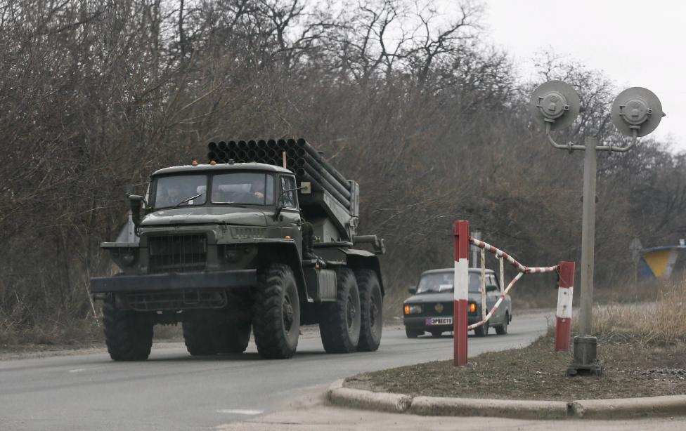 Запад не должен быть просто посредником в конфликте на Донбассе, - Меркель - Цензор.НЕТ 2047