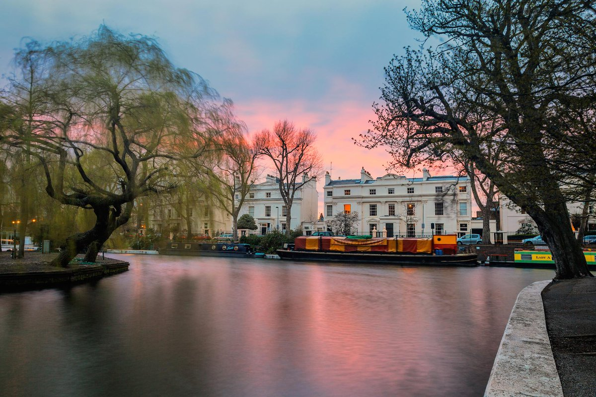 Admit it, it's been too long since you had a stroll down by Little Venice…   Shot by: http://t.co/IrxXDRgFJu http://t.co/Pk0KBNp10x