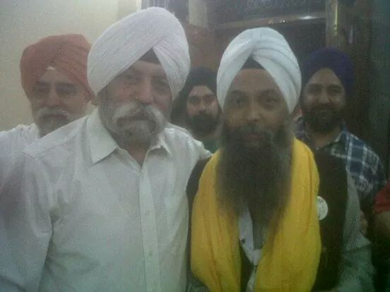 My friend Jarnail singh (in pic with me) won defeating richest BJP/AKALI candidate from Delhi. http://t.co/588TnBeMo2