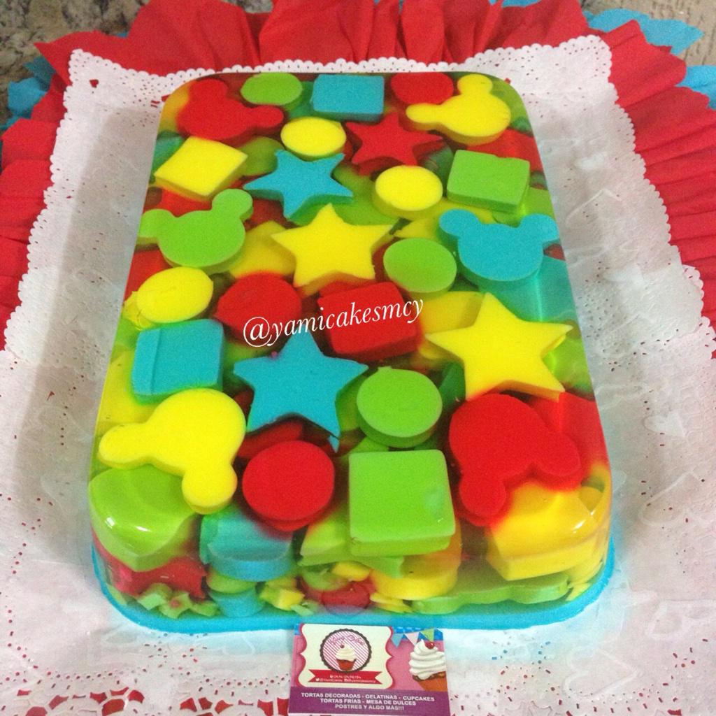 "Reposteria Yamicakes on Twitter: ""Hermosa torta y gelatina ..."