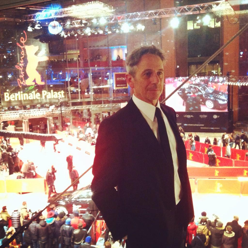 """Alfredo Castro en Berlinale presentando la PODEROSA """"El Club"""". ¡Que vengan muchos Osos! @Fabula_prod @Funny_Balloons http://t.co/jFxFbnuHSM"""