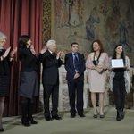 RT @Montecitorio: Il Presidente #Mattarella, @lauraboldrini e @SteGiannini premiano scuole vincitrici del concorso su #GiornodelRicordo htt…