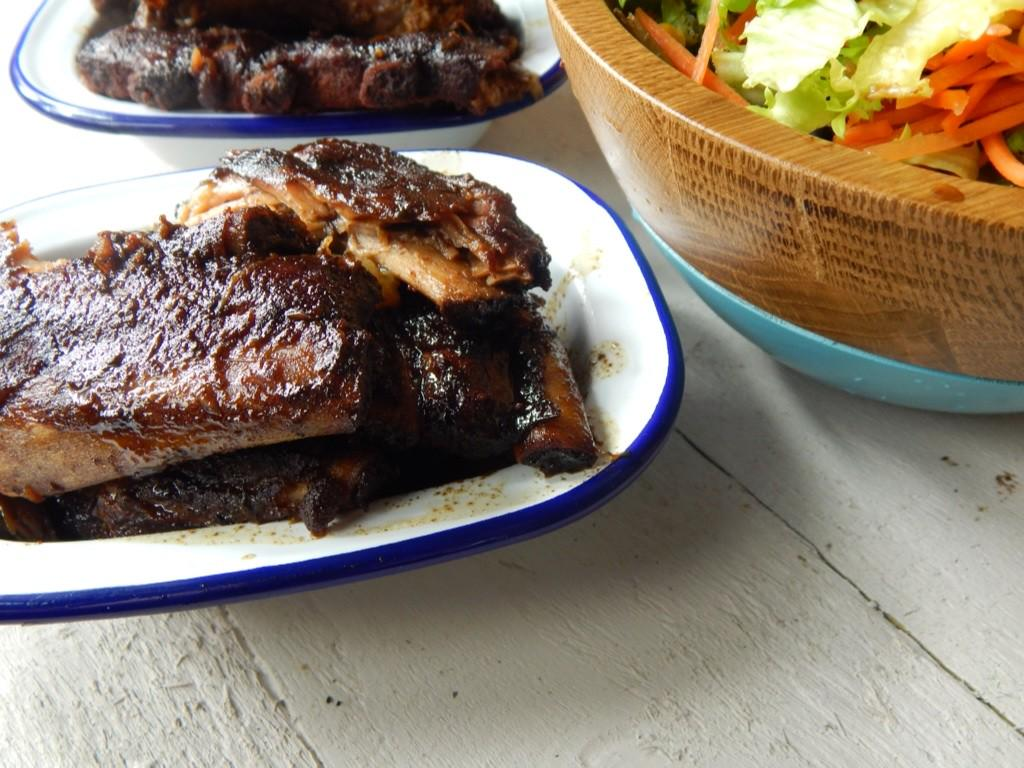 36-hour Sticky Sous Vide Ribs – Just 3 ingredients! http://t.co/4zIhDGnG4A http://t.co/ItHxtqNVEq