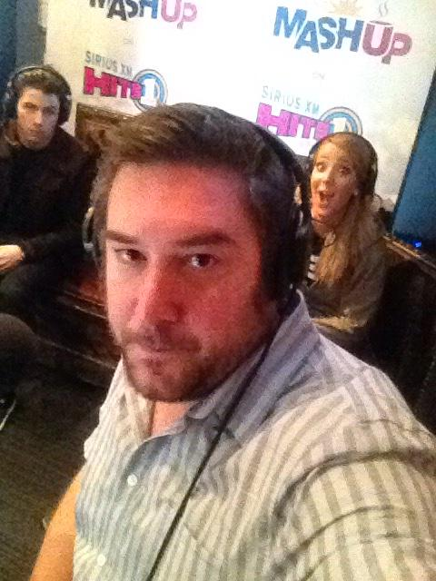 Keepin it serious with @nickjonas and @Jenna_Marbles http://t.co/QoMYVGAsS9