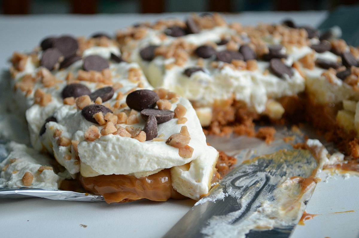 Banoffee Squares, our new favorite dessert! http://t.co/nyK6zs0aDv…/sweet-treats/banoffee-squares/ http://t.co/upvSKRW7Az