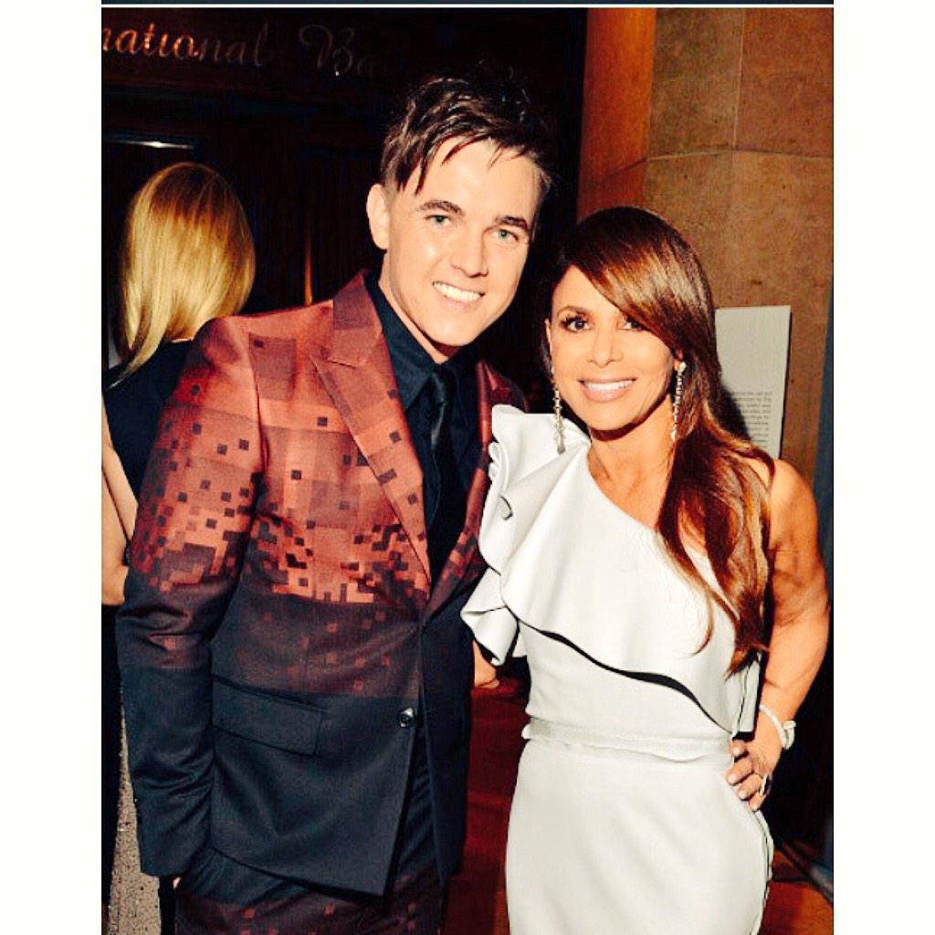 RT @JesseMcCartney: Great runnin' into you @PaulaAbdul at the #CliveDavisParty this weekend! You looked amazing as always 😍 http://t.co/fDT…