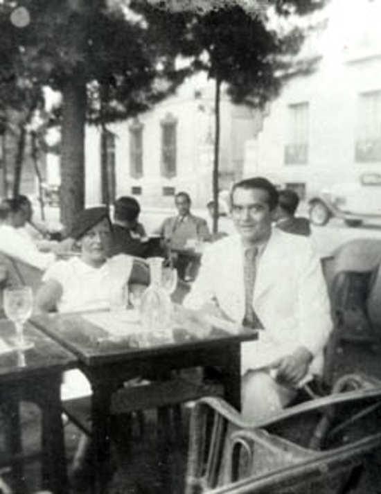 Bibliophilia On Twitter Federico García Lorca Con Manuela