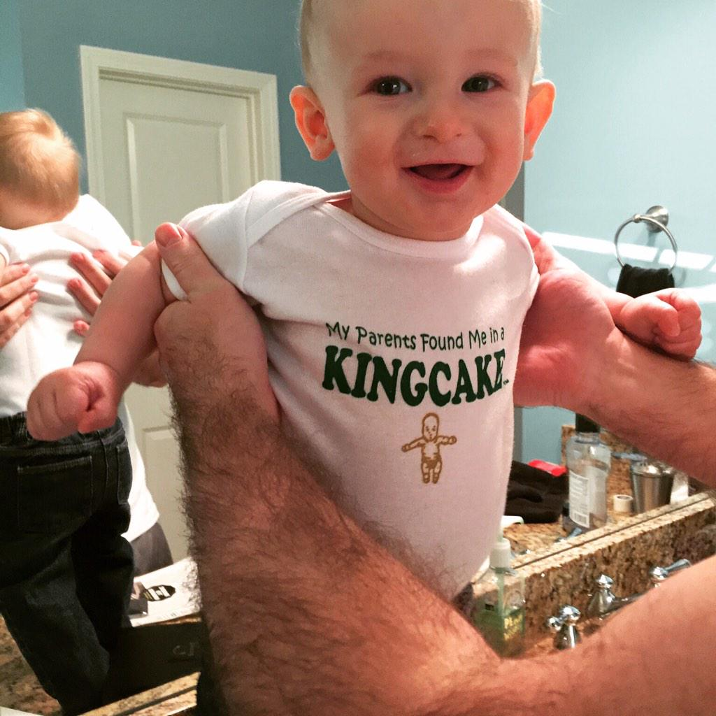 .@FleurtyGirl largest & cutest baby I've ever found in my King Cake! Thanks! #MardiGras2015 http://t.co/nW3Hc6Ls0l