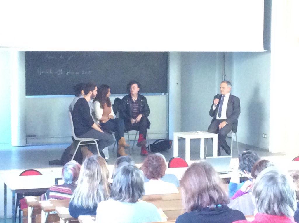Philippe Pradel Hôte, ouvre la conférence #evalcc http://t.co/AQW25xBziZ