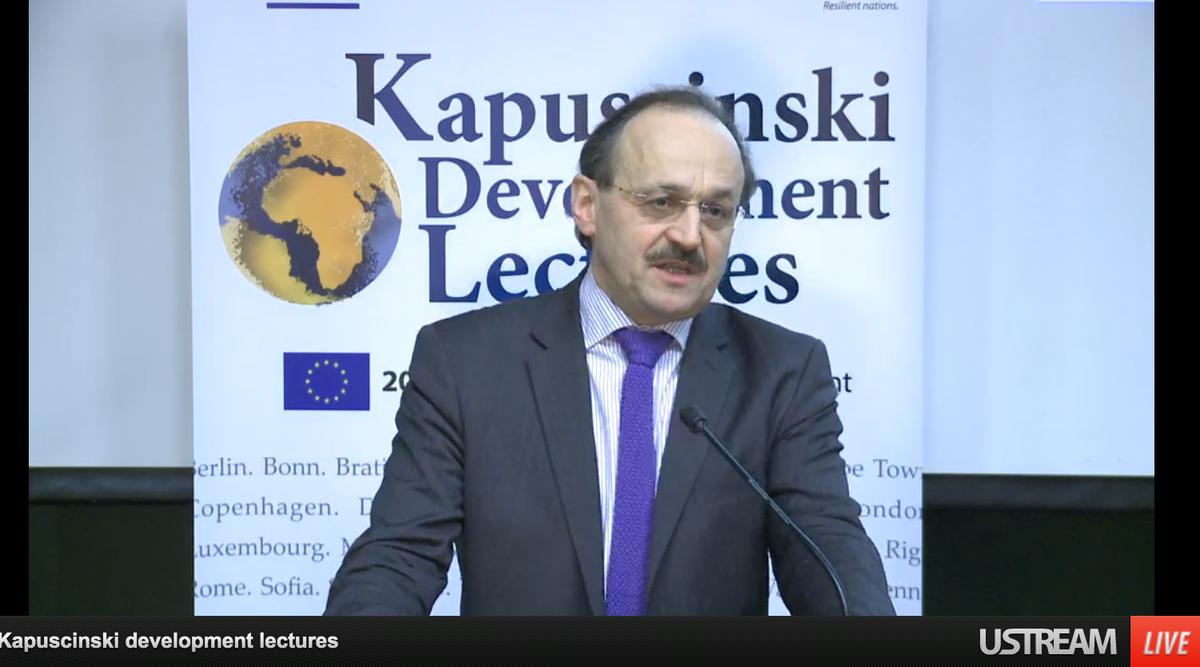 Deputy-Director Rudischhauser of @EuropeAid speaking at @JuliaGillardGPE 's lecture http://t.co/q0h7fZF25A #KAPTalks http://t.co/U0sQ0zylLK