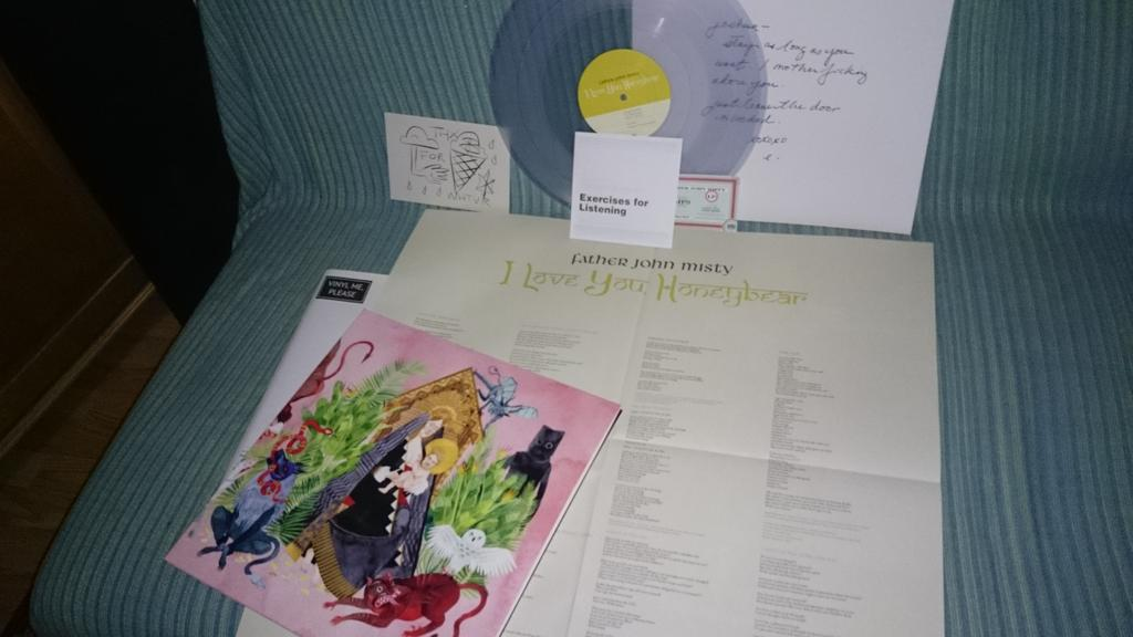 Great Package, Clear Vinyl, Poster,listening Exercise! Father John Misty  I  Love You Honeybear @VinylMePlease Is Fab!pic.twitter.com/H5Ft0KlUIp