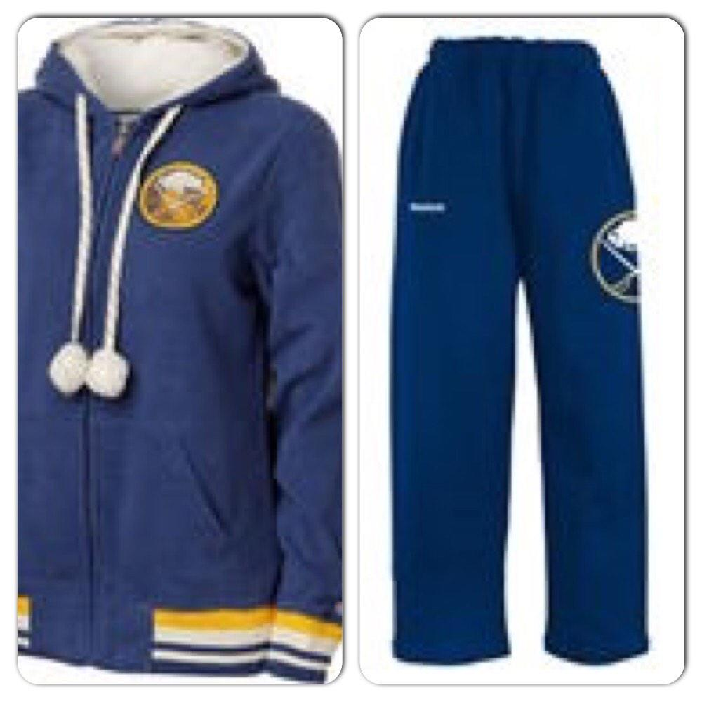 I believe this sweetened, if not closed the deal for #EvanderKane #Sabres #jets #tracksuits http://t.co/HjqOFI8VWR