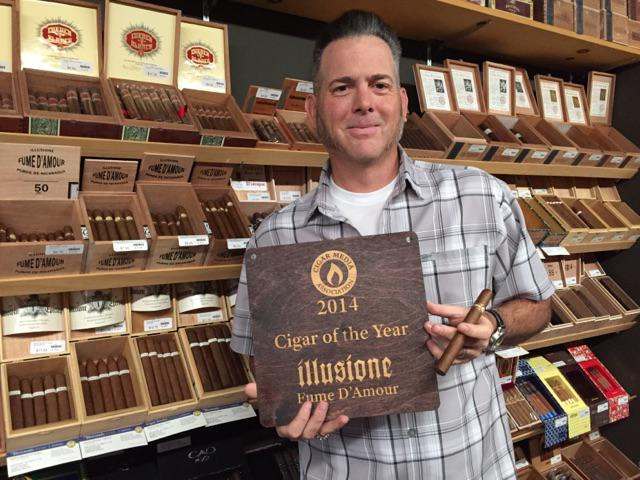 Thanks to @CigarMediaAssoc for the award. Very humbling. @halfwheel http://t.co/rBoDxzPDrj