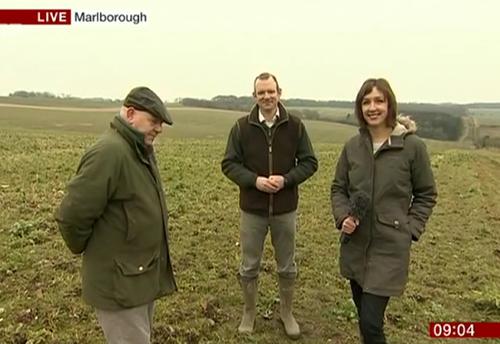 . @farmingfred & @JimEgan08 talking Big Farmland Bird Count on @BBCBreakfast http://t.co/Ix3ZQ8Bkcv  @NaturalEngland http://t.co/lzvNwUdIPf
