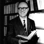 RT @lorenzobasso: 35 anni fa veniva ucciso #VittorioBachelet Il ricordo alla Sapienza con Presidente #Mattarella http://t.co/IMu0ylJqdI htt…