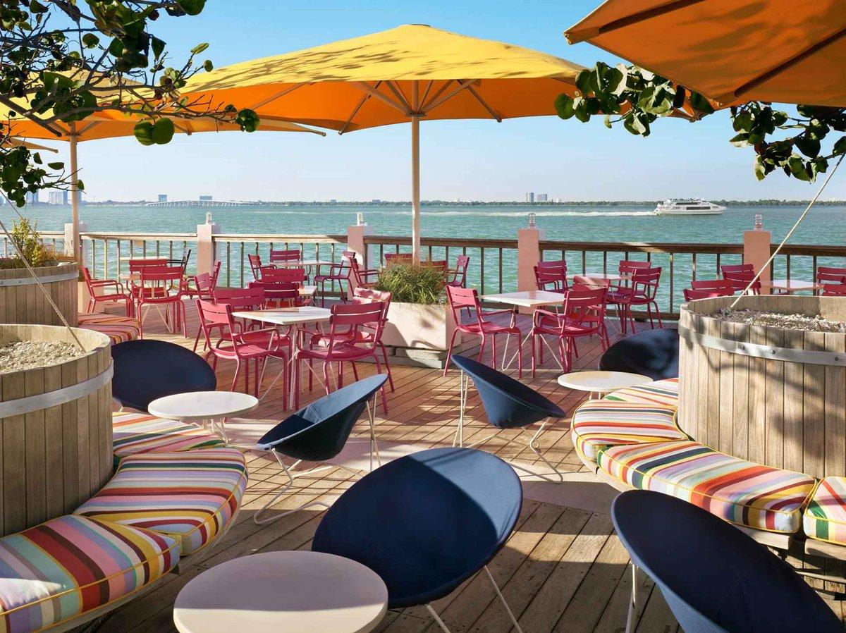 Miami's 13 Best Waterfront Bars: http://t.co/I8wLAEGeLi http://t.co/HtlqtCMeqX