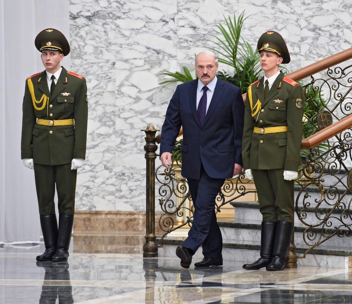 «Полонез» Лукашенко: Батька намерен встряхнуть мировой рынок оружия