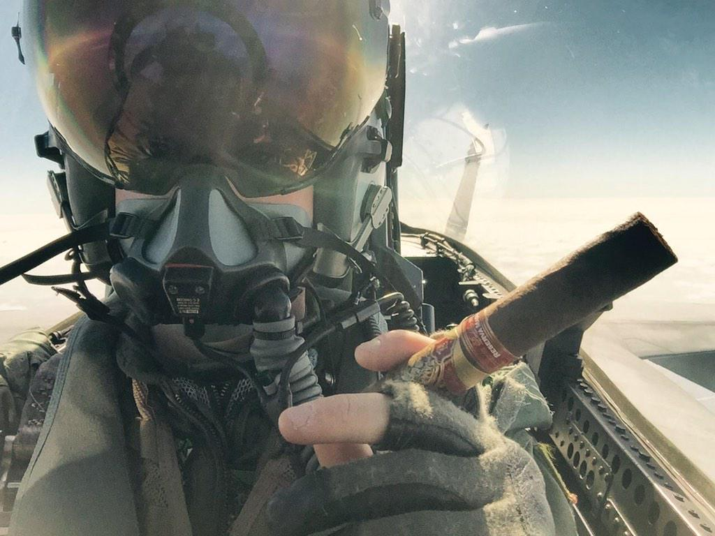 When your a bad ass NAVY F-18 pilot you smoke Padilla cigars. #Merica