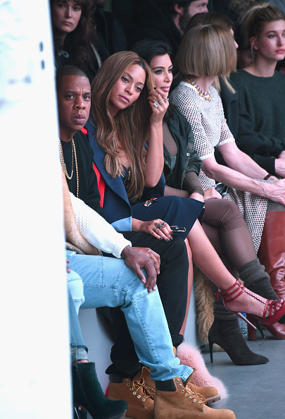 Jay Z looking like 'nkwasiasem b3n nie' http://t.co/XOdNLQ8Kx5