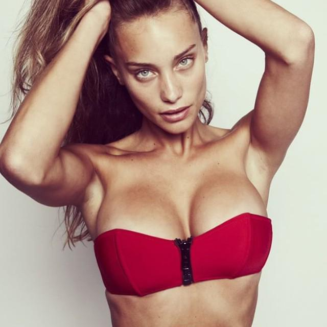 Hannah Jeter  - Preview of m twitter @hannahbjeter valentinesday