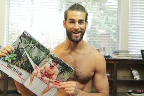 Chris Salvatore porno gay Tom Jones grande pene