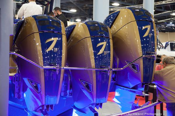 Lets get right to it. Here's some shots from the @MiamiBoatShow http://t.co/7ABQYjqois http://t.co/kCxQlZ0hvo