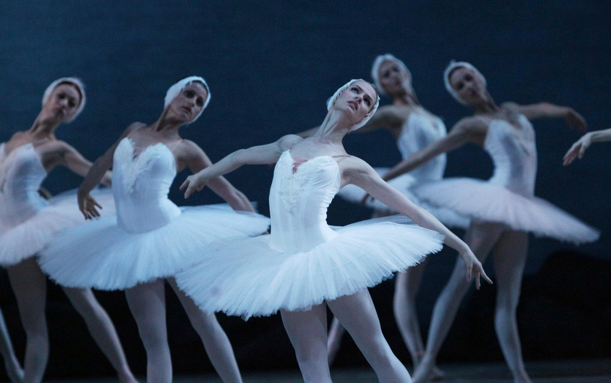 Happy birthday #Swanlake! Celebrating glorious 120 years on the world stage http://t.co/a9QtpVluuk http://t.co/hikvLQd2GB