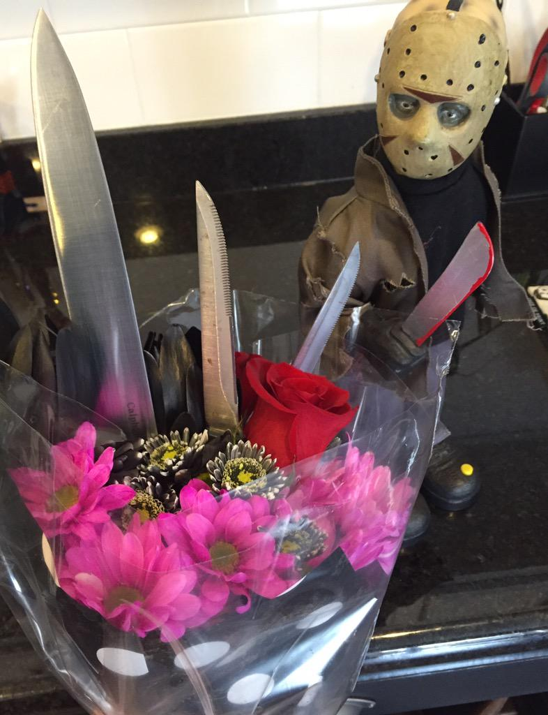 Yes @JasonLVoorhees it's nice to give Valentine's flowers but not sure about the additions #tinyjason #FridayThe13th http://t.co/jKRM3XZrOM