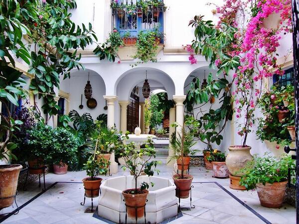 Paisajes incre bles on twitter festival de los patios - Imagenes de patios andaluces ...