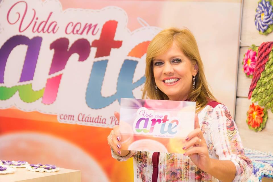 """Aparador Tipo U ~ TV APARECIDA on Twitter""""#VidaComArte com Cláudia Pacheco"""