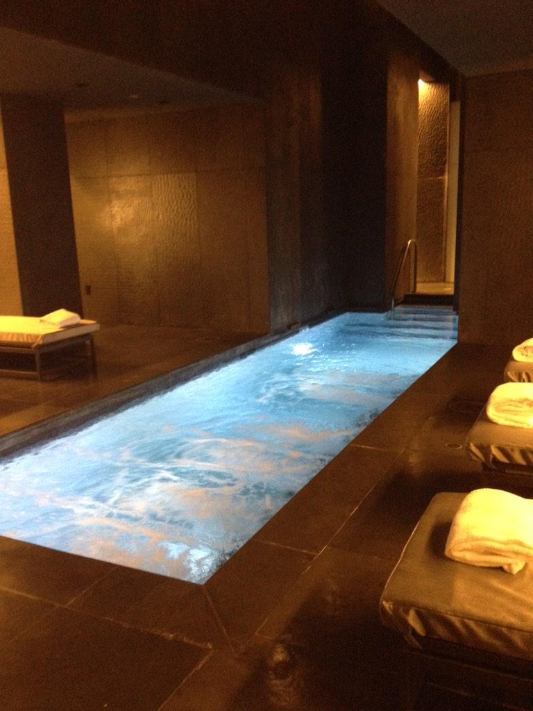 You only live once but if you do it right once is enough. ~Mae West SO right now it's #Spa time @DelanoVegas #Vegas http://t.co/TwkYtDuY4A