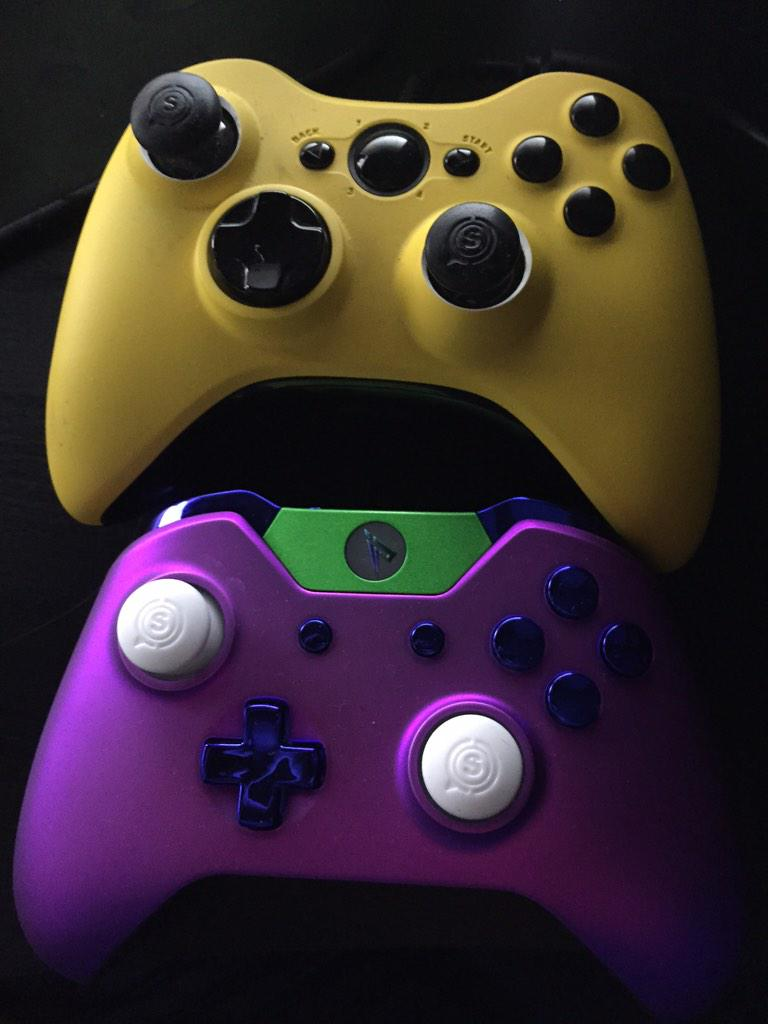 Scuf Controller Giveaway!   RT this tweet and MUST be following me and @ScufGaming  Winners will be chosen in 1 week. http://t.co/DqFKgCpsD2