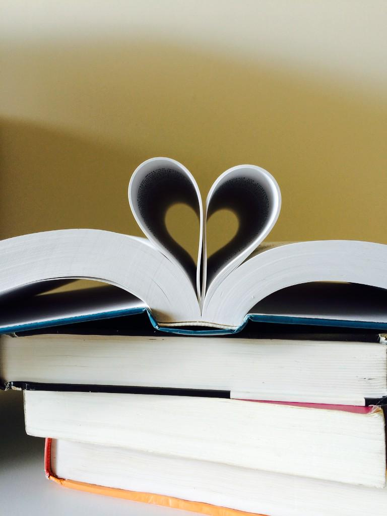 Happy Library Lovers' Day everyone! #librarylove http://t.co/ZDbL9rJdBT
