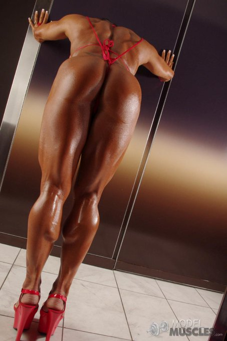 Happy #Valentine  from http://t.co/3Jpwwobrdv  #fitgirls #ironwoman #girlswithmuscles #shemuscle #biceps #bigclits