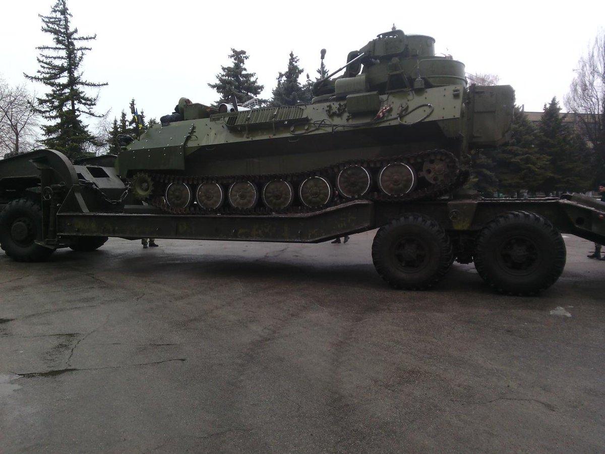 Боевики в 4 раза усилили обстрелы позиций украинской армии на Авдеевском направлении, - Минобороны - Цензор.НЕТ 2123