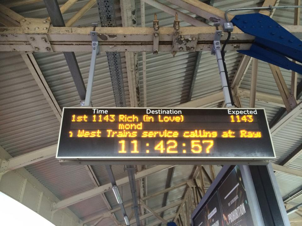 Those cunning TFL jokesters.. Happy V day all. http://t.co/yXu99oqPpF