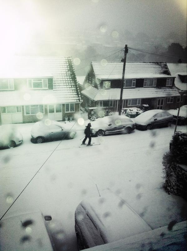 Thumbnail for People use skis in UK snow: Twitter reaction