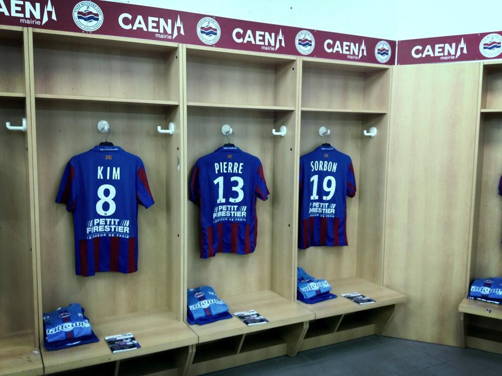 [21e journée de L2] SM Caen 0-1 Chamois Niortais - Page 2 BA5a1glCYAETqTY