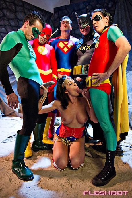 Xxx Superheros 95