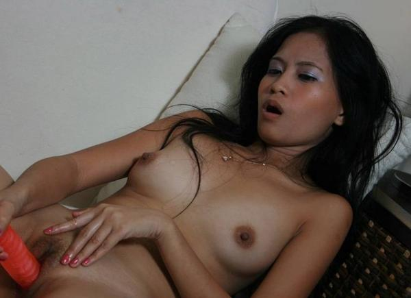 ... RT @Septawangsa: http://t.co/BCHdItyu tante masturb @_bella_verra