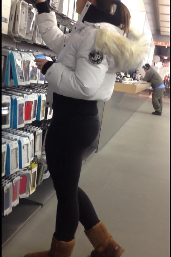 "YogaPantsCreeper on Twitter: ""Lululemon Yoga pants Apple ..."
