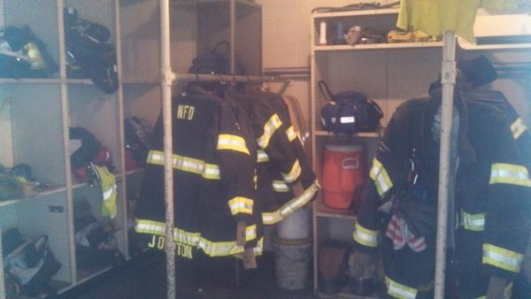 Just as we arrived, the fire fighters of Engine 20 were called away. #VUMLK @HONashville http://pic.twitter.com/u54Q3pSU