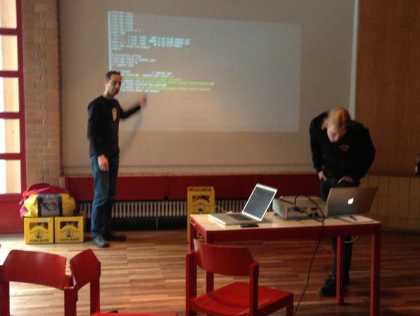 RT @Nomad73: #mhbln @VinaiKopp and @b_ike presenting latest composer magic http://pic.twitter.com/YUcjLRRx